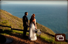 wedding couple overlooking the ocean